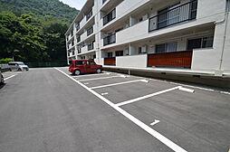クローバー広畑才の駐車場