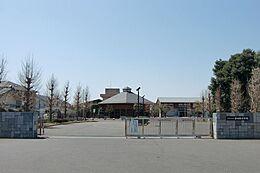 つくば市立谷田部中学校(2277m)