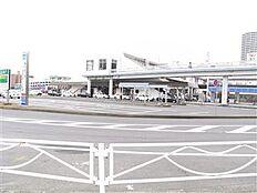 土浦駅東口(2046m)