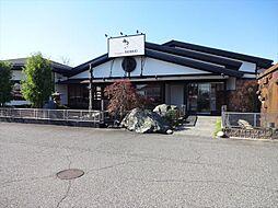 BENKEI蟹江店 蟹江インター近くにあるパン屋さんです。おいしいパンがたくさん揃っています。定休日:年中無休(盆・年末年始のみ休み) 徒歩 約13分(約1000m)