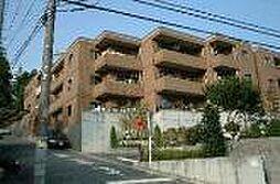 ラ・クール藤ヶ丘[1階]の外観