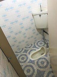 トイレは計3つ