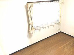 洋室は2部屋。個々の趣味も楽しめる空間です
