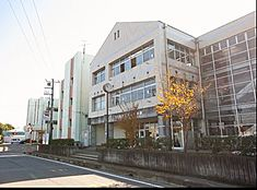 つくば市立桜中学校(2098m)