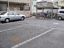 シャトー豊玉駐車場