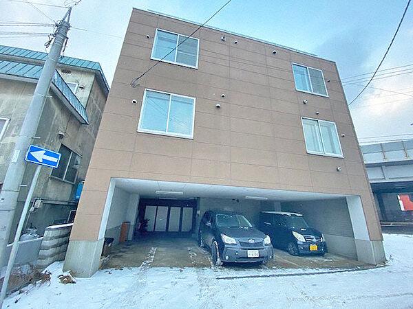 ニューロード17 3階の賃貸【北海道 / 札幌市白石区】