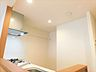 吊戸棚がない分、明るく開放的なキッチン,2LDK,面積59.84m2,価格2,780万円,JR南武線 矢川駅 徒歩3分,JR南武線 西国立駅 徒歩18分,東京都国立市富士見台4丁目