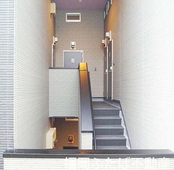 福岡県福岡市博多区諸岡5丁目の賃貸アパート