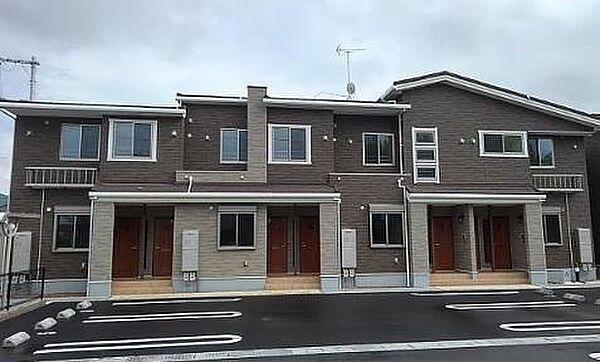 ストレリチア・アルバ A・B 1階の賃貸【広島県 / 福山市】