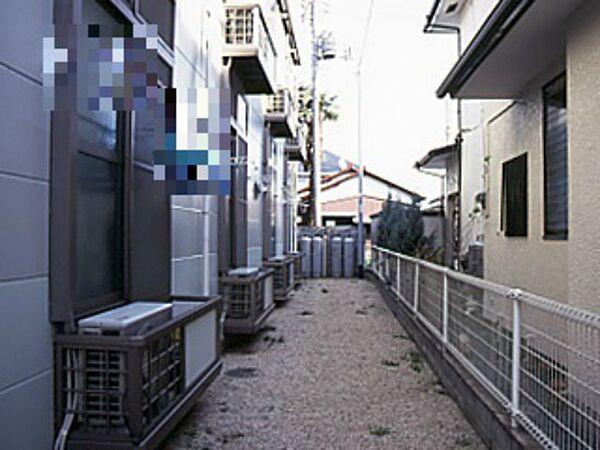 レオパレスSANDA[205号室]の外観