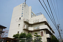 兵庫県伊丹市鴻池5丁目の賃貸アパートの外観