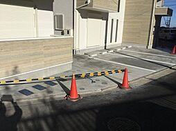 上大岡ヒルズEAST駐車場 3