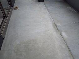 デ・クメール滑石の同型タイプ