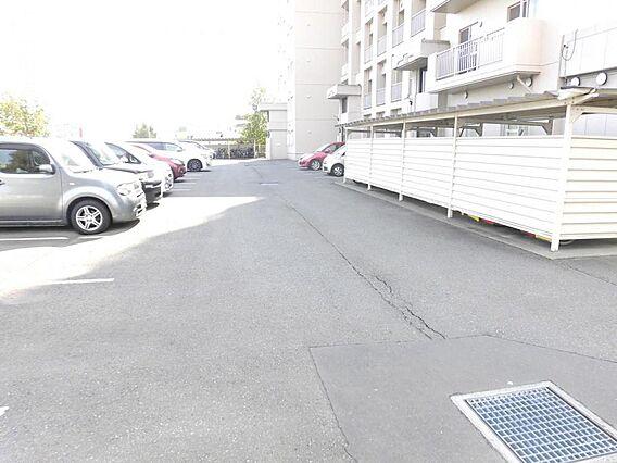 駐車場敷地内駐...