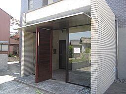 グリ−ンハイム三軒[3階]の外観