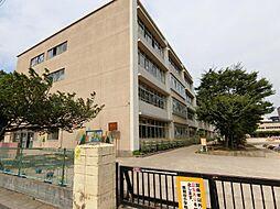 埼玉県越谷市赤山町4丁目の賃貸アパートの外観