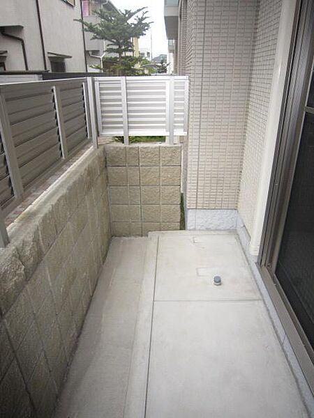 アヴェニーレ西井ノ口の◎1階専用庭