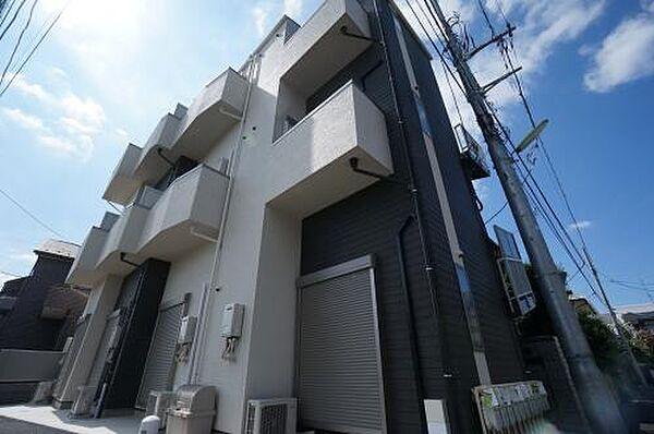 東京都世田谷区上祖師谷5丁目の賃貸アパートの外観