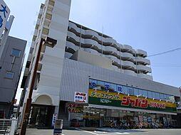 サンプラザ総持寺[4階]の外観