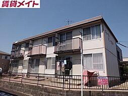 三重県鈴鹿市国府町の賃貸アパートの外観