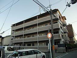 大阪府茨木市下穂積1丁目の賃貸マンションの外観