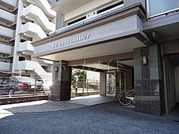 ル・コルニュイエ[3階]の外観