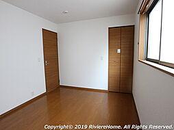 洋室/2階北東側−6帖 (ウォークインクローゼット完備)