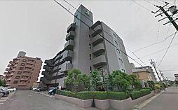 6階建てマンションの最上階物件で新生活はいかがでしょうか。