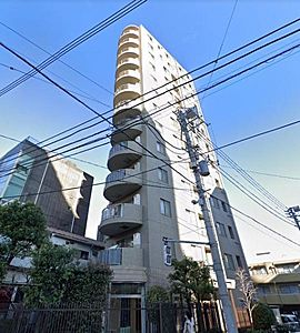 2002年築、2駅3路線が利用可能な好立地に佇むマンション。オートロックや宅配ボックスなども完備。,3LDK,面積63.64m2,価格5,480万円,東京メトロ東西線 落合駅 徒歩2分,JR総武線 東中野駅 徒歩9分,東京都新宿区上落合2丁目