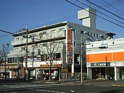 大阪府吹田市山田市場の賃貸マンションの外観