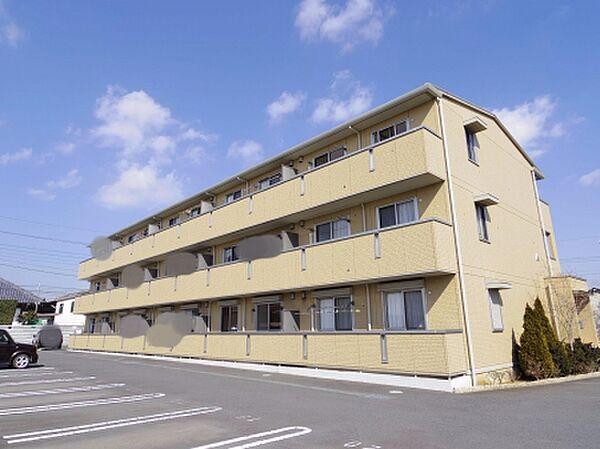 エスポワール A棟 3階の賃貸【茨城県 / かすみがうら市】