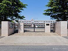 足立区立渕江第一小学校 距離610m