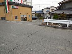 私道入口(695-5)