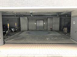 千代田区九段南3丁目の機械式駐車場