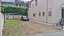 東横線急行停車駅「学芸大学」駅徒歩6分。第一種低層住居専用地域の閑静な住宅街
