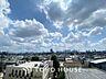 Balcony青空からの陽光を浴びるバルコニー爽やかな涼風が吹き抜け、周辺には戸建住宅街の景色が広がります。心を落ち着かせ開放してくれる眺望が今日もご家族を包み込みます。,2LDK,面積59.88m2,価格3,480万円,JR山手線 目白駅 徒歩9分,西武新宿線 下落合駅 徒歩14分,東京都新宿区下落合3丁目14-21