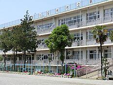 東久留米市立第六小学校 895m