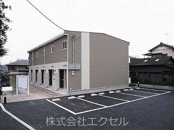 東京都青梅市師岡町1丁目の賃貸アパートの外観