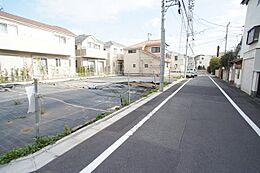 現地・前面道路写真