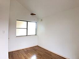 2階南東側洋室