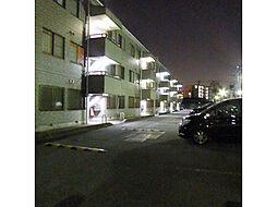 千葉県松戸市栗ケ沢の賃貸マンションの外観