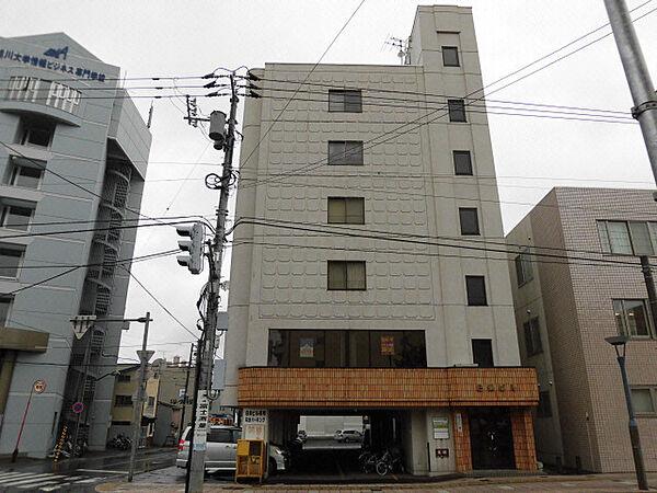 8条ビル[4階]の外観